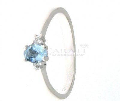 Anello-con-acquamarina-e-diamanti-0.08ct