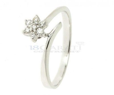 Anello-fiore-con-diamanti-0.15ct
